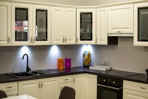 Organizing cupboards will help you to organize a new kitchen easier.