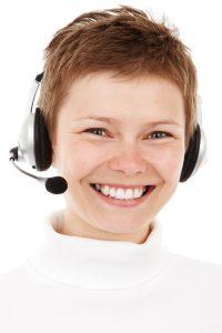 women-customer service
