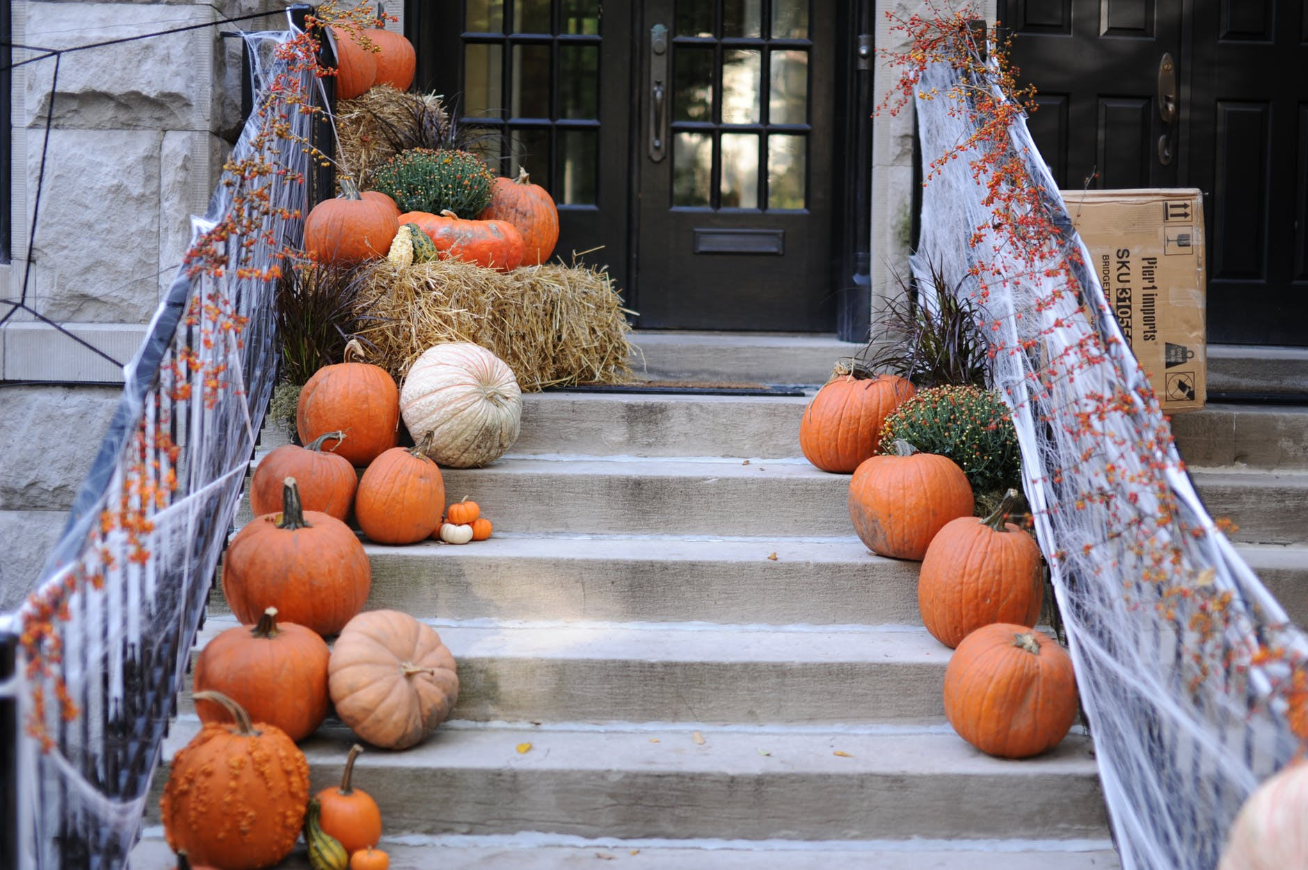 Ideas for Halloween decoration of your NYC home