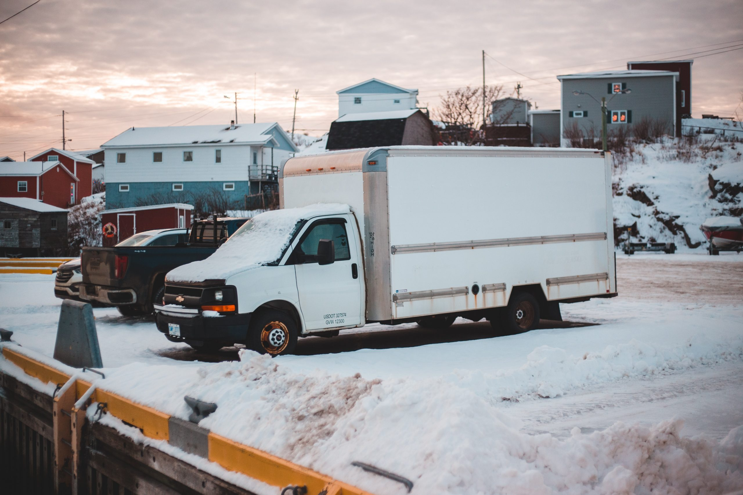Tips for driving a moving van cross country