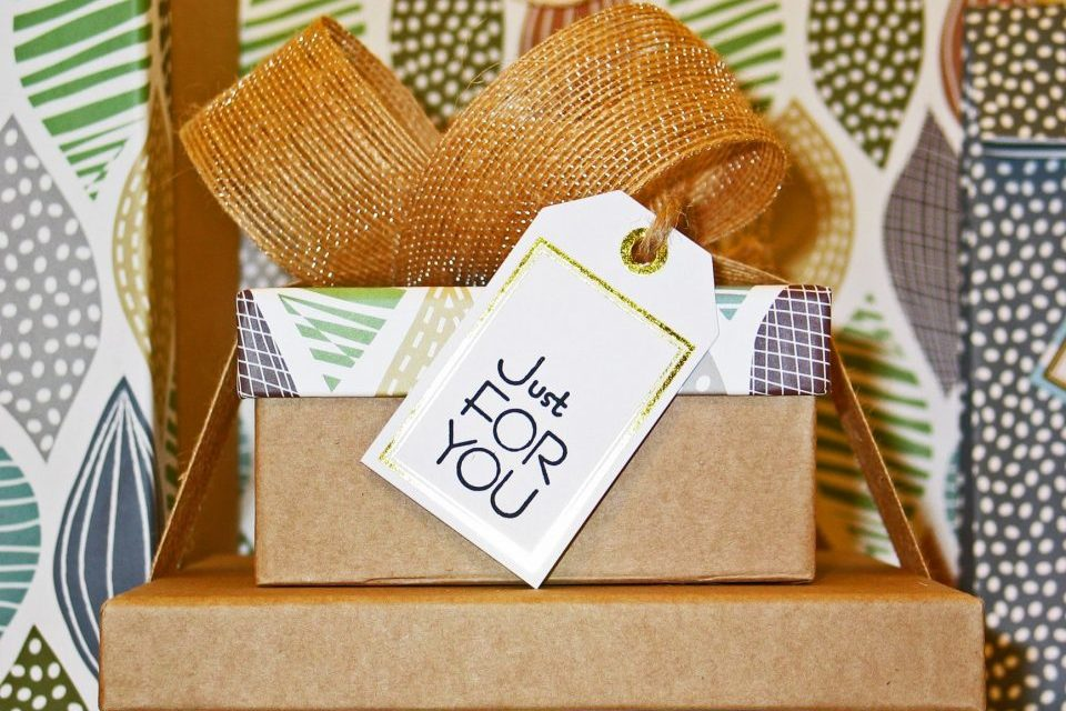 Creative gift ideas for new homeowners in NYC