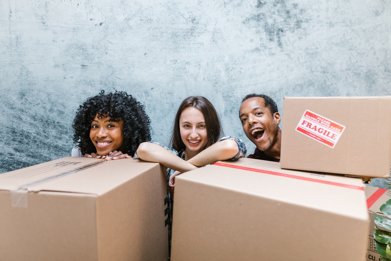 Downsides of friends helping you pack for a move