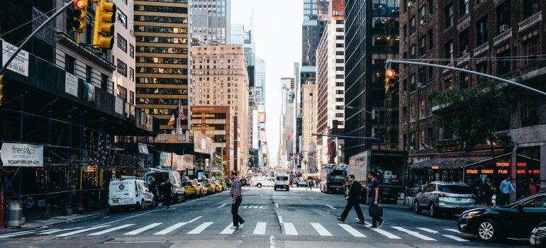 street crossing in Manhattan NYC